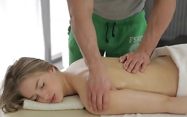 Young blonde ends romantic rub-down with a good fuck