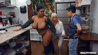 Adult slut Dana Dearmond shares a caitiff public schoolmate with ebony babe Layton