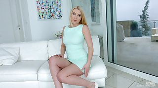 Wonderful bright blonde babe Amaris gets exempt from dress as she wanna go solo